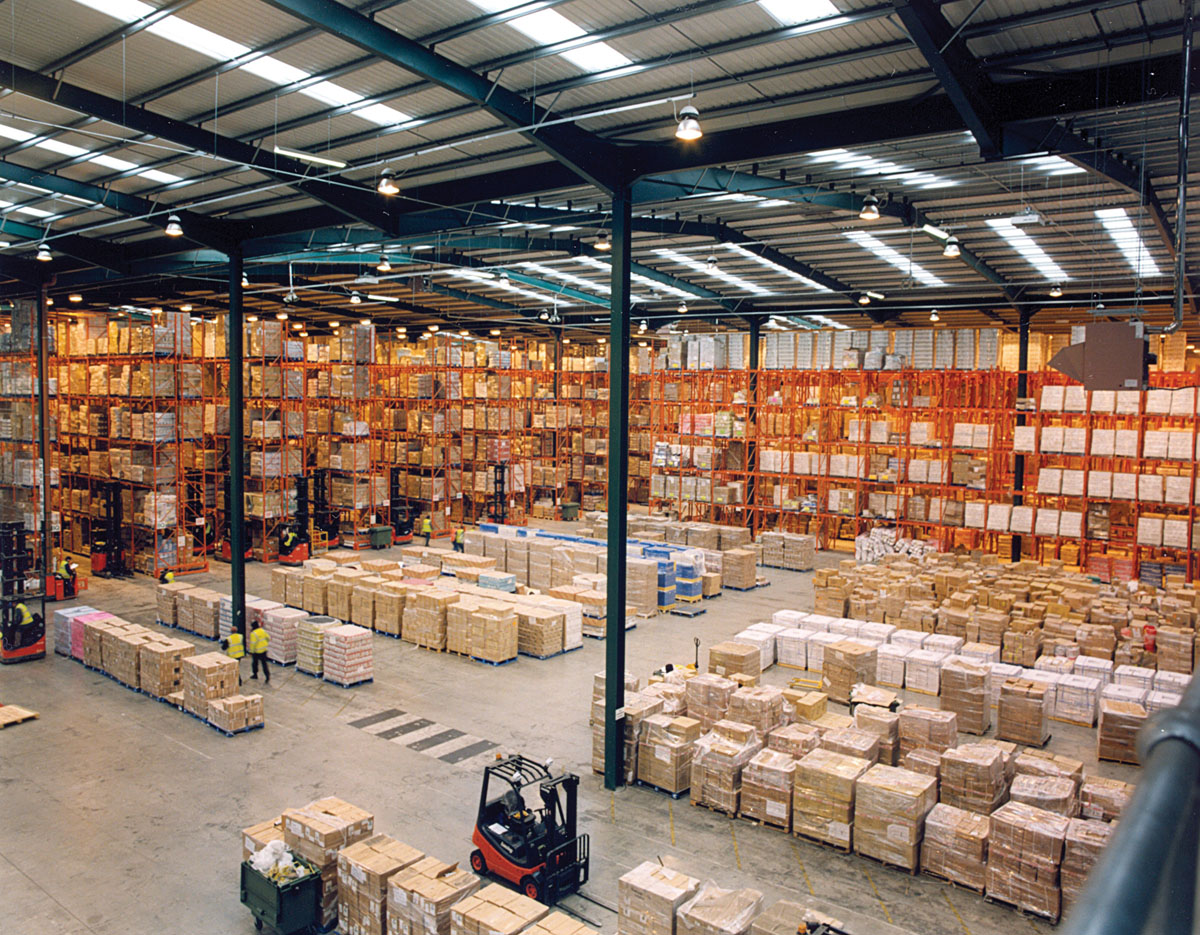 Modern_warehouse_with_pallet_rack_storage_system-small